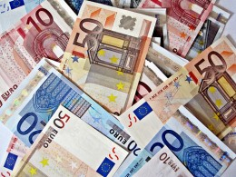 euros by Images Money via flickr