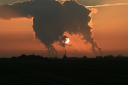pollution sunset by bugdog via stock.xchng