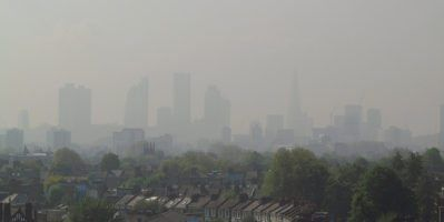Air Pollution Level 5 London April 30 2014 by David Holt via Flickr