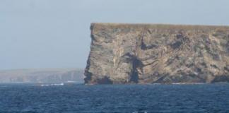 Approaching South Ronaldsay, Orkney Islands by John Haslam via Flckr