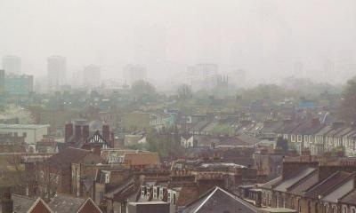 London Air pollution Level 9 Very High April 3 2014 007 by David Holt via Flickr