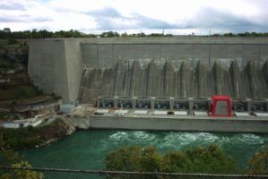 Niagara Falls Hydro Plant by Louis via Flckr