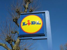 lidl-sign-by-dennism2-via-flikr
