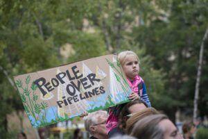 protest-against-the-dakota-access-pipeline-by-fibonacci-blue-via-flikr