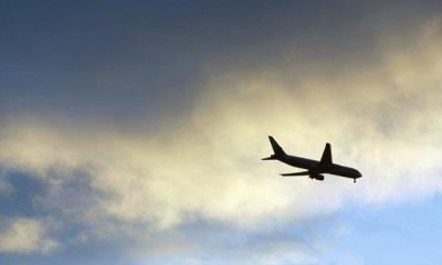 Airplane by sigmama via flickr