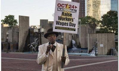 Minimum Wage Protest by Social Justice - Bruce Emmerling via flickr