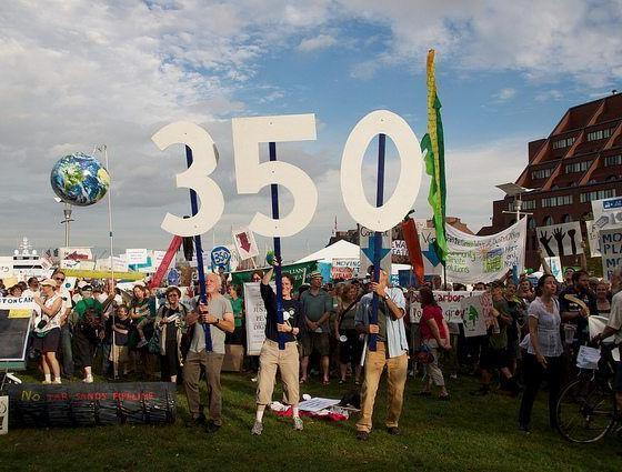 350 org group photo by chris ormbsy via flickr