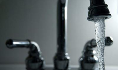 running faucet By Steve Johnson Via Flickr