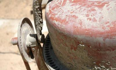 Cement Mixer III by dailyinvention via flickr
