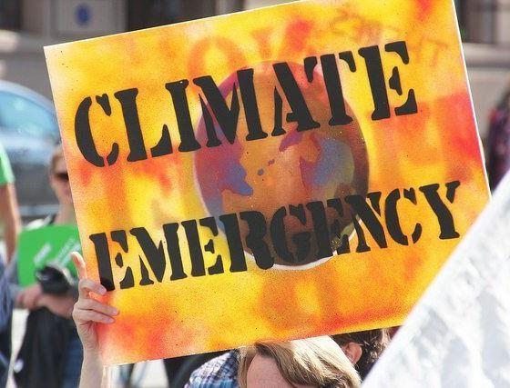 Climate Emergency - PeoplesClimate-Melb-IMG_8280 by takver via flickr