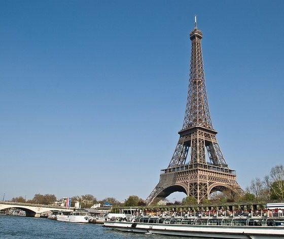 Eiffel Tower, Paris by Gary Ullah via flickr