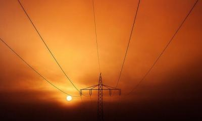 energy-complaints-light-painting-via-flickr