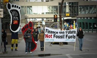 Financing Climate Change by Itzafineday via flickr