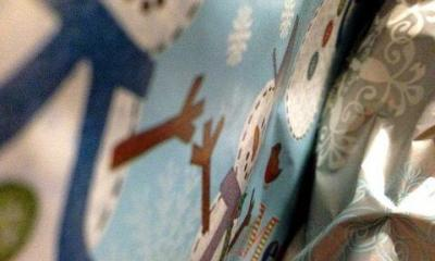 christmas present by sean macentee via flickr