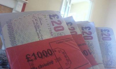 loads a'money by stuart frisby via flickr
