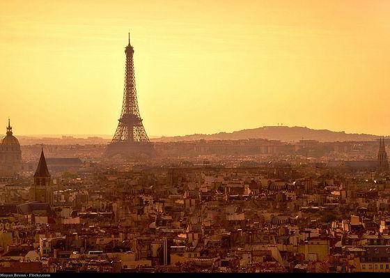 paris by moyan brenn via flickr