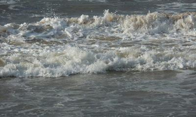 sea by photohuman via flickr