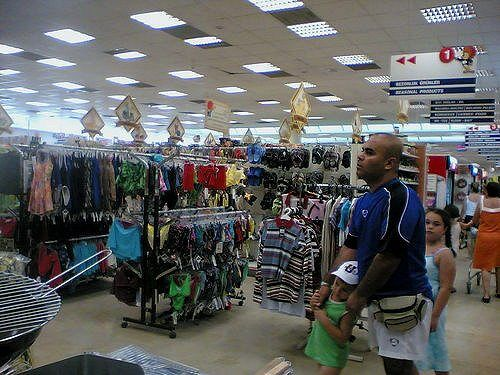 shopping by ebruli via flickr