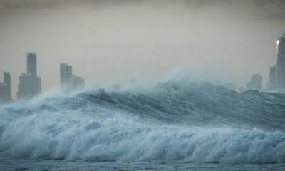 tsunami by Petra Bensted via flickr