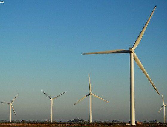 turbines by richardghawley via flickr