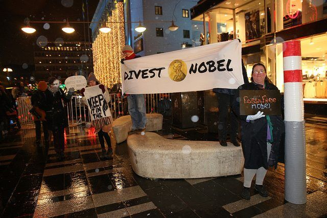 Archbishop Tutu Joins Laureates Appealing With Nobel Prize To Divest From Fossil Fuels