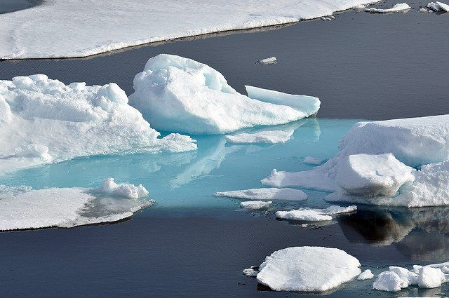 Arctic Ice by Global Panorama via flickr