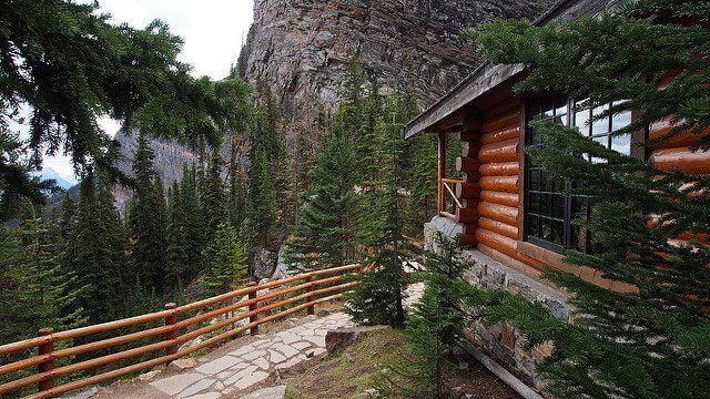 Log Cabin by Wilson Hui via Flickr