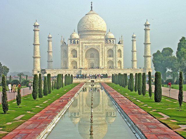 India-6099 - Taj Mahal by Dennis Jarvis via flickr
