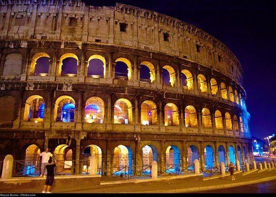 Italy by Moyann Brenn via flickr