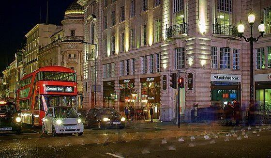 London 2 by PROPedro Szekely via flickr