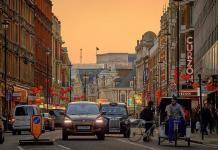 London 3 by pedro szekely via flickr