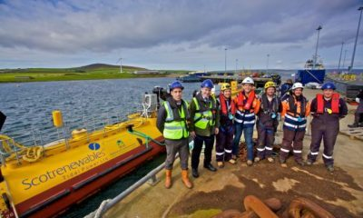 tidal-power-sr2000-device-scotrenewables-launch2