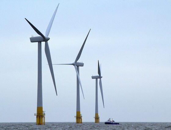 Wind Turbines by Rob Faulkner via flickr