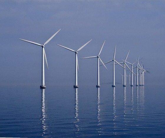 Middelgrunden_wind_farm_2009-07-01_edit_filtered by Kim Hansen via flickr