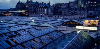 Welcome to Edinburgh Waverley by C.K. Tse via flickr