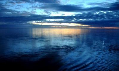 ocean by victor via flickr