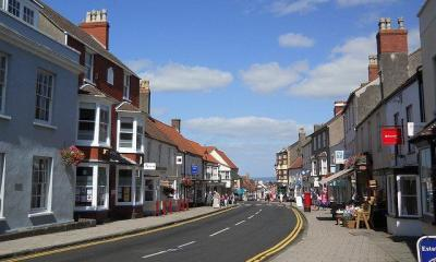 thornbury~high street by shrinkin'violet via flickr