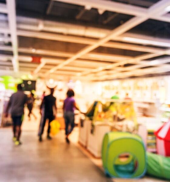 eco-friendly retail displays