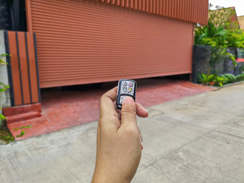 garage door openers for eco-friendly homeowners